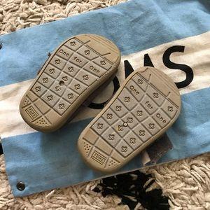 Toms Shoes - Tiny Toms Classic Shoe